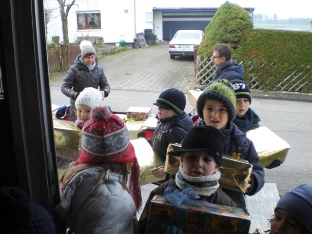 Kindergartenkinder_bringen_WP1