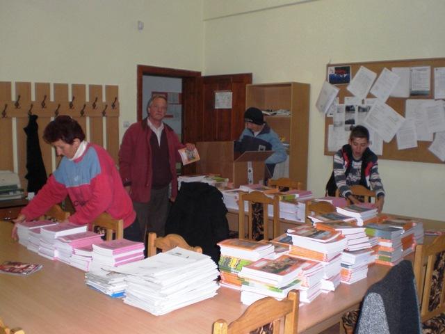 Schulhefte für Schule in Balc
